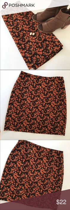 Ann Taylor LOFT Floral Corduroy Skirt Ann Taylor LOFT Floral Corduroy Skirt . EUC, no flaws. Zips on side. Looks excellent with heeled boots and tights. Size 8 LOFT Skirts