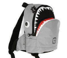 Ahora ya podemos comprar las originales mochilas para niños de la marca Pick & Pack en nuestro país. La tienda online Maletasinfantiles.com las tiene ya!