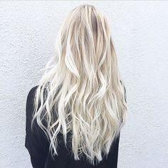 Platinum blonde and mermaid hair. Color by @jeanpierresosa #hair #hairenvy #hairtalk #haircolor #blonde #highlights #mermaidhair #newandnow #inspiration #maneinterest