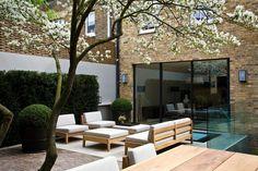 Luciano Giubbilei - Bedford Gardens