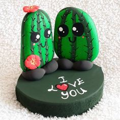 12 very creative stone painting ideas Cactus Painting, Pebble Painting, Pebble Art, Stone Painting, Diy Painting, Stone Crafts, Rock Crafts, Diy And Crafts, Crafts For Kids