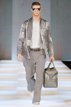 Giorgio Armani Spring 2008 Menswear Collection Slideshow on Style.com