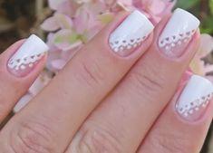 Não existem regras para as unhas da noiva, é claro que tem aquele lance da unha ser clarinha ou branquinha pra não ficar mais destacada que ...