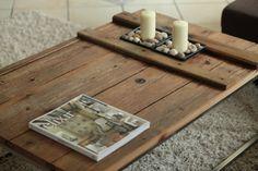 DIY: Selbstgemachter Couchtisch aus einer alten Holztüre, Tags DIY + Selbstgemacht + Do it yourself + Couchtisch + Wohnzimmertisch + Altholz + Alte Türe