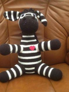 Min datters hæklede zebra.