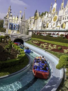 Guide to Disneyland rides suitable for smaller children and toddlers - includes height limits and tips