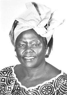 "La bióloga y ecologista Wangari Muta Maathai (1940-2011), la ""mujer árbol"", nació un 1 de abril"