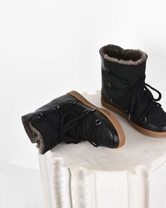 """Nowles Leather and suede wedge heel """"snow boot"""" trainers"""