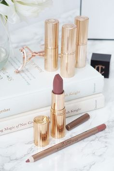 Charlotte Tilbury Very Victoria // Beauty and the Chic