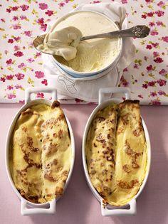 Rezept für Topfenpalatschinken bei Essen und Trinken. Ein Rezept für 4 Personen. Und weitere Rezepte in den Kategorien Eier, Milch + Milchprodukte, Obst, Nachtisch / Dessert, Pfannkuchen / Crêpe, Backen, Österreichisch.
