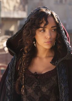 Tituba - Ashley Madekwe in Salem (TV series).