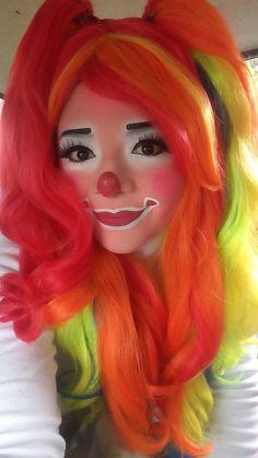 Maquillage Halloween, Halloween Makeup, Halloween Face, Face Painting Designs, Body Painting, Clown Face Makeup, Clown Images, Circus Makeup, Clown Shoes