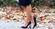 #fetishpantyhose #pantyhosefetish #legs #heels #blogger #stiletto #pantyhose #tan