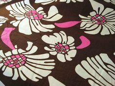 Vintage Fabric  Big Bright Pink & White Flowers on by NehiandZotz, $15.00