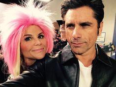 Lori & John - Jesse & Becky - Pink Hair Lori Loughlin, Fuller House, Pink Hair, Ava, Movie Tv, Dreadlocks, Leather Jacket, Hair Styles, Lemonade