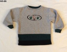 Healtex Size 5 Gray and Green Wolf Design Long Sleeve Pullover Shirt