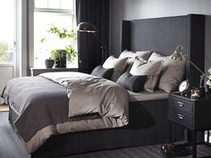 Stockholm Vitt - Interior Design: Back in Business! Serene Bedroom, Bedroom Inspo, Beautiful Bedrooms, Home Decor Bedroom, Master Bedroom, Black And Grey Bedroom, Paint Colors For Living Room, Dream Rooms, Home Decor Furniture