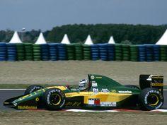 Mika Häkkinen (Team Lotus), Lotus 107 - Ford HB 3.5 V8, 1992