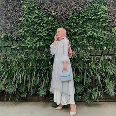 Kebaya Modern Hijab, Kebaya Hijab, Kebaya Dress, Kebaya Muslim, Modern Hijab Fashion, Dress Muslim Modern, Muslim Dress, Hijab Dress Party, Hijab Style Dress