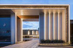 Front Wall Design, Main Gate Design, Entrance Design, Entrance Gates, Facade Design, Exterior Design, Townhouse Exterior, Residential Building Design, House Outside Design