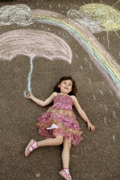 Sidewalk Chalk Props: Creative Photos Of Kids As Part Of Chalk Art