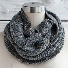 Manos del Uruguay Cesta Cowl in Manos del Uruguay Fino #freepattern #knitting