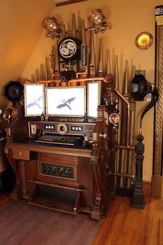 Steampunk wonderama in a Massachusetts Victorian/arts and crafts home | Offbeat Home