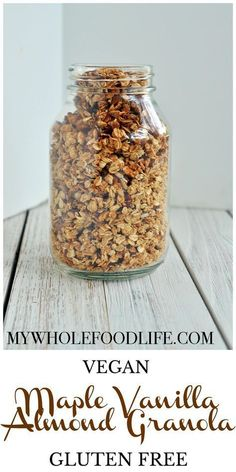 Maple Vanilla Almond Granola (Vegan, Gluten Free) - My Whole Food Life Maple Vanilla Almond Granola. Vegan, gluten free and simple! Low Carb Vegan Breakfast, Vegan Breakfast Recipes, Vegan Snacks, Healthy Snacks, Vegan Recipes, Free Recipes, Keto Granola, Healthy Granola Recipe, Gastronomia