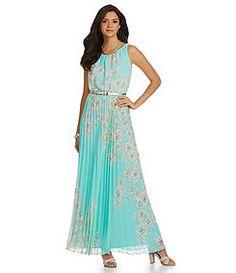 Jessica Howard Pleated Floral-Print Maxi Dress