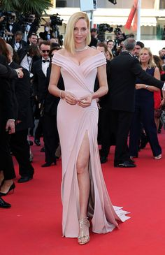 Uma Thurman teamed her dusty pink Atelier Versace gown with Bulgari jewellery at the 'Ismael's Ghosts' & Opening Gala Red Carpet at the Cannes Film Festival – May 17 2017