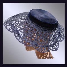Vintage 1940s blue lace straw hat with openwork brim. #millinery #judithm #hats