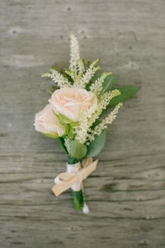 Blush Pink Spray Rose and Astilbe Boutonniere // groom, groomsmen, wedding party, floral, wedding