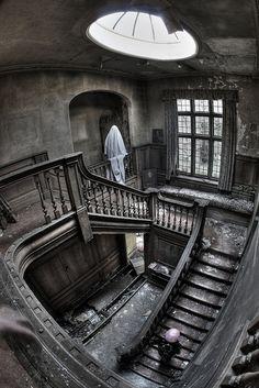 Creepy rendez-vous by Bousure, via Flickr