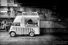 FISH AND CHIPS « La cuisine Anglaise, si c'est chaud c'est de la soupe, si c'est froid, c'est de la bière » – Claude Gagnière