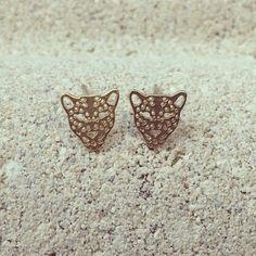 """It's never to early to start buying accessories for the Jaguar games, or just because they are cute ;) These dainty jaguar earrings are priced at only…"""