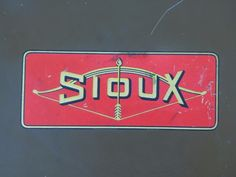 Antique Albertson SIOUX small metal tool box