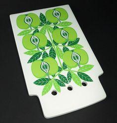 RARE Vtg 60s Arabia Finland Raija Uosikkinen Pomona Apple Ceramic Chopping Board