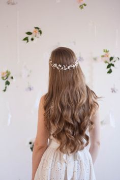 Delicate bud flower crown, babies breath halo, bridal halo, flower crown, flower hair vine, gypsophila crown, bohemian, boho