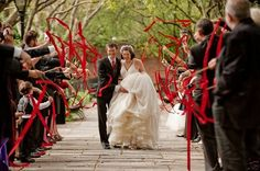 Fitinhas na saída dos noivos #cute