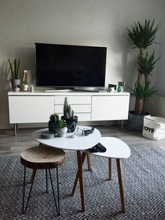 Woonkamer Living Room Tv, Interior Design Living Room, Living Spaces, Kitchen Interior, Bedroom Decor, Furniture, Home Decor, Tv Rooms, Houses