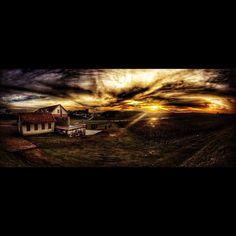 Por do Sol depois de dias de chuva!  #Strava #bike #sol #love #instagood #sunset #sunrise #sun #pretty #beautiful #red #orange #pink #sky #skyporn #cloudporn #nature #clouds #horizon #photooftheday #instagood #gorgeous  #view #night #morning #silhouette #instasky #doleitorpio #luizargenta #floresdacunha #serragaucha