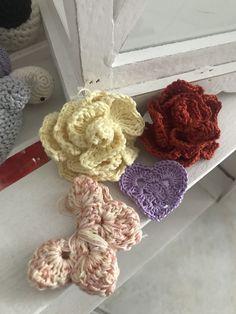 Burlap Wreath, Crochet Necklace, Wreaths, Handmade, Jewelry, Home Decor, Crochet Collar, Door Wreaths, Jewels
