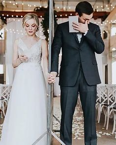 Popular Wedding Photo Ideas For Unforgettable Memories ❤ popular wedding photo ideas first look russellheeterweddings #weddingforward #wedding #bride Wedding Color Schemes, Wedding Colors, Marriage Day, Lady Diana Spencer, Princess Outfits, Wedding Memorial, Signature Cocktail, Shades Of White, Something Beautiful