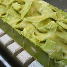 Argan & Creamy Avocado Soap (CP) - with tutorial and recipe.