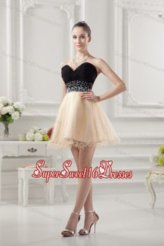 Buy sweetheart organza beading organza champagne dresses for dama from dama dresses for quinceanera collection, sweetheart neckline short in champagne color,cheap mini length organza dress with backless back and for sweet 16 quinceanera wedding party . Quinceanera Dama Dresses, Champagne Quinceanera Dresses, Cheap Prom Dresses Uk, Homecoming Dresses, Formal Dresses, Sweet Sixteen Dresses, Sweet 16 Dresses, Champagne Dress, Organza Dress