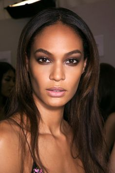 How to get a smudge-proof, warm weather appropriate smokey eye for Spring and Summer