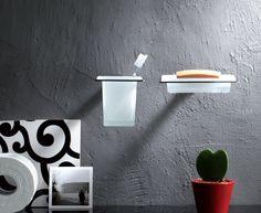 La linea #Cut di Valli Arredobagno Srl con il #design di Maurizio Duranti e una serie di  #accessori in ottone cromato ed elementi in cristallo acidato. Studiati per impreziosire il tuo #bagno combinando eleganza e funzionalità. www.gasparinionline.it #italiandesign #casa #arredare #interiors #bathroom #italianstyle