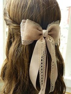 32 Adorable Hairstyles with Bows | Style Motivation