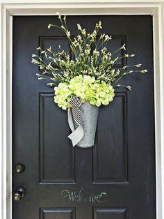 Galvanized Bucket Door Hanger Hydrangea by AnnabelleEveDesigns Diy Wreath, Door Wreaths, Wreaths For Front Door, Front Porch, Front Door Lighting, Front Door Decor, Diy Rustic Decor, Diy Home Decor, Spring Door