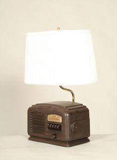 Vintage Bakelight Radio Lamp w/ Original Dial, c. 1940. #Vintage #Lighting www.myrlg.com